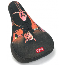 Cult Scary Masks Pivotal Seat - Black
